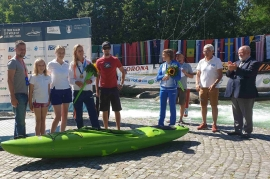 Roto awarded best kayak paddlers in the world